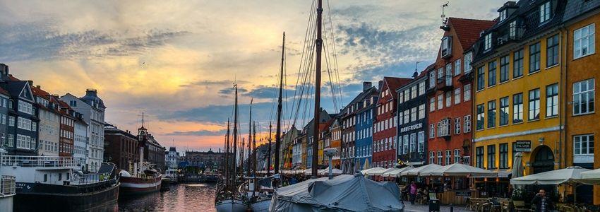 Przewodnik turystyczny po Kopenhaga – najciekawsze atrakcje i opinie